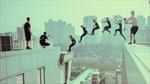 Thót tim xem màn biểu diễn thể thao mạo hiểm của 7 thanh niên Anh
