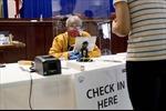 COVID-19 khiến Mỹ thiếu nhân viên phục vụ bầu cử tổng thống