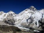 Các nhà khoa học biến đỉnh Everest thành phòng thí nghiệm khổng lồ