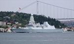 Nga nói bắn cảnh cáo tàu chiến Anh, Anh tuyên bố Nga chỉ 'tập bắn'