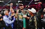 Tyson Fury bảo vệ thành công đai vô địch WBC hạng nặng trước Wilder
