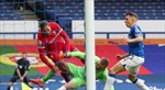 Van Dijk phải nghỉ thi đấu hết mùa do chấn thương nặng