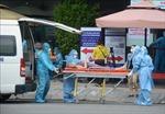 14 chiếc xe cứu thương ở Đà Nẵng xuyên ngày đêm 'sơ tán' người bệnh giữa tâm dịch