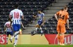Khép lại lượt đi vòng 1/8 Champions League: Khi sân nhà không còn là điểm tựa