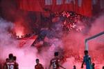'Treo' sân Hàng Đẫy, phạt tổng cộng 140 triệu đồng vì đốt pháo sáng