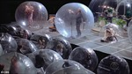 Tránh lây virus, ban nhạc biểu diễn trong bong bóng khổng lồ