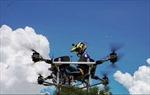 Biến hoá ghế ngồi học thành thiết bị bay tiện lợi