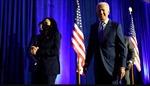 Ông Joe Biden nhận báo cáo COVID-19 từ chính phủ