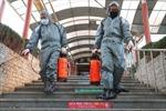 Trung Quốc điều chỉnh chiến lược đối phó COVID-19, ngăn chặn nguy cơ 'lây nhiễm ngược'