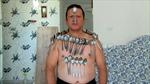 'Người nam châm' có thể khiến đồ vật dính vào cơ thể bằng suy nghĩ