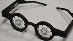Nhật Bản chế tạo 'kính thông minh' có thể điều trị cận thị nếu đeo 1 tiếng mỗi ngày