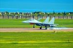 Trung Quốc sắp trình làng tiêm kích tác chiến điện tử J-16D