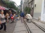Ô tô, máy kéo vượt qua đường sắt tại các lối đi tự mở sẽ bị phạt tới 500.000 đồng