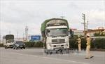 Phân luồng giao thông sửa cầu Đoan Hùng