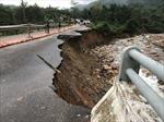 Cảnh báo tình trạng ta luy đất ngậm nước gây sụt lở trên các tuyến quốc lộ qua miền Trung