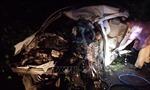 Xe khách va chạm liên hoàn với xe 4 chỗ và công nông, 2 người tử vong