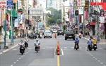 TP Hồ Chí Minh: Người dân 'vùng xanh' ra đường tăng nhưng không nhiều
