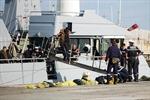 Pháp và Maroc cứu hàng trăm người tìm cách vượt biển