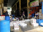 Tạm đình chỉ hai cá nhân vi phạm quy định tại chợ Long Biên