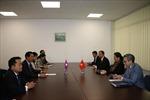 Phó Chủ tịch Quốc hội Tòng Thị Phóng tiếp xúc song phương với Phó Chủ tịch Quốc hội Lào