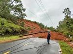 Quảng Nam: Sạt lở nghiêm trọng trên Quốc lộ 618, đường sắt bị gián đoạn