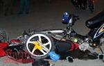 Xe máy 'kẹp' 5 đâm vào dải phân cách làm 4 người thiệt mạng, 1 người nguy kịch