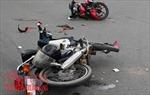 Hai xe máy chạy tốc độ cao đấu đầu, 4 người thương vong