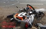 Xe máy tông xe máy kéo làm ba người thương vong