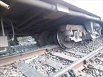Tàu trật đường ray tại Ấn Độ khiến 13 người bị thương