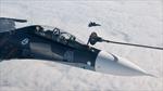 Cận cảnh SU-35 Nga tiếp nhiên liệu trên không