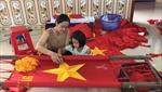 Làng nghề may cờ Tổ quốc rộn ràng trong dịp bầu cử