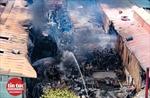 Khẩn trương làm rõ nguyên nhân vụ cháy kho hóa chất tại quận Long Biên