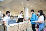 Hướng dẫn mới nhất dành cho người nước ngoài làm thủ tục nhập cảnh vào Việt Nam