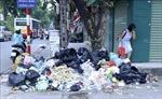 Hà Nội phân luồng, vận chuyển gần 1.700 tấn rác trong đêm