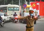 Giao thông Thủ đô được đảm bảo an toàn trong ngày đầu Đại hội XIII của Đảng