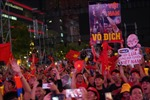 Giấc mơ vàng trở thành hiện thực, người hâm mộ TP Hồ Chí Minh vỡ oà hạnh phúc
