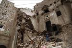 Liên quân Arab tấn công các kho vũ khí của Houthi tại Sanaa