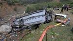 Xe bán tải chở xăng lậu đâm xe buýt, 15 người thiệt mạng