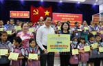 Phó Chủ tịch nước Đặng Thị Ngọc Thịnh thăm, làm việc tại tỉnh Cà Mau