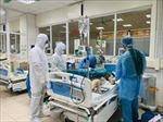 Các chuyên gia đầu ngành hội chẩn ca bệnh COVID-19 nặng tại Bệnh viện Phổi Đà Nẵng