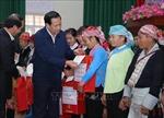 Thăm vàtặng quà Tết cho hộ nghèo, người có công tỉnh Lào Cai