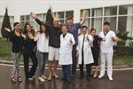 Đi bơi sau 1 tuần phẫu thuật nhờ 'bảo bối' chữa ung thư đại trực tràng lần đầu tiên có tại Việt Nam