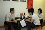 Dịch COVID-19: Đăng ký như thế nào để nhận lương hưu, trợ cấp BHXH tại nhà?
