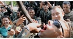 Binh sĩ Mỹ học kỹ năng sinh tồn uống máu rắn Hổ mang