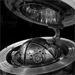 Hé lộ hình ảnh 'bộ não' công nghệ cao gắn trong tên lửa đạn đạo Mỹ