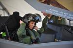 Không quân Mỹ bỏ tiêu chuẩn chiều cao để tuyển thêm nữ phi công