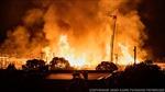 Người biểu tình Minneapolis (Mỹ) xông vào đồn cảnh sát đốt phá