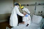Bệnh viện Bỉ quá tải, bác sĩ dù mắc COVID-19 vẫn được yêu cầu tiếp tục làm việc