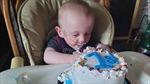 Em bé sinh non, chỉ nặng gần 0,4kg vừa đón sinh nhật đầu tiên
