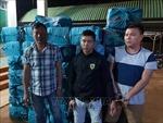 Khởi tố, bắt tạm giam 3 đối tượng vận chuyển hơn 18.000 bao thuốc lá lậu